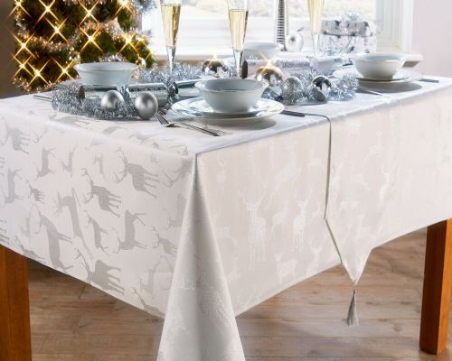 DEER STAG FESTIVE XMAS CHRISTMAS TABLECLOTH OR NAPKINS RUNNERS DINNER PARTY LINEN WHITE SILVER